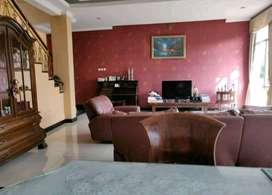 gedung 3 lantai di supratman cocok untuk kantor,salon dan spa