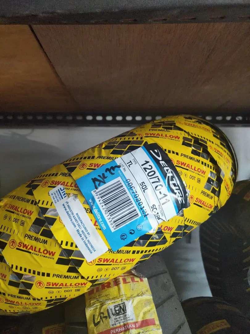 Ban luar swallow Vespa UK 120 ring 11 barang baru