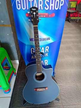 Akustik gitar bidadari
