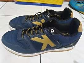 Sepatu futsal kelme lengkap