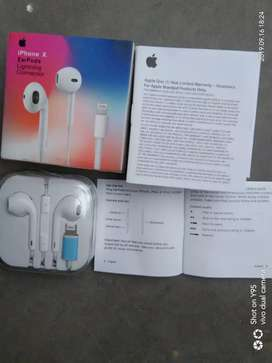 new orignal certified apple iphone Earphone handfree with 1yr warranty