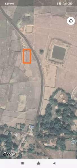 General plot on Road side.
