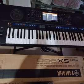 Yamaha psr sx 900 bekas