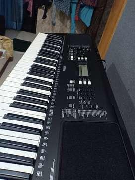 Yamaha PSR E363 Digital Keyboard NEW