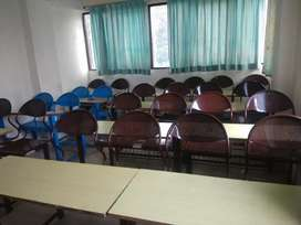 200ft class room furnished on rent in R'puri part time & hourly basis