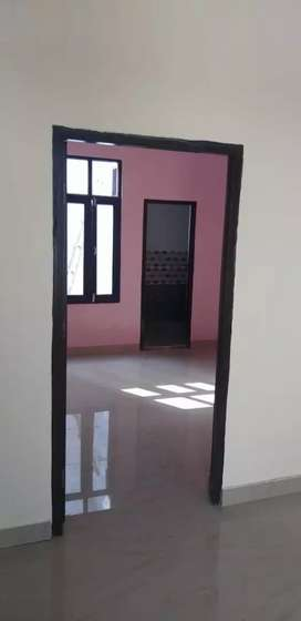 1 BHK independent house available posh area
