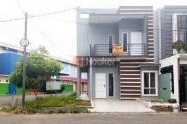 Dijual Rumah  Townhouse Hook 2 Lantai Di Komplek Alaina