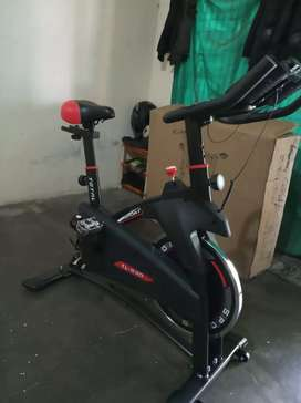 Spinning bike / sepeda balab statis ( best seller) free ongkir