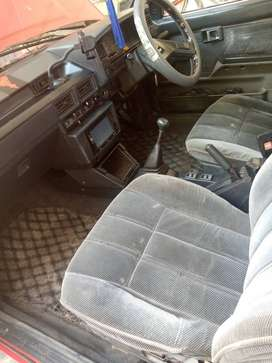 Toyota Corolla 1986 in good condition.