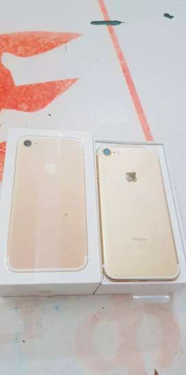 Brand New iPhone 7 128gb with bill box 6 months sellers