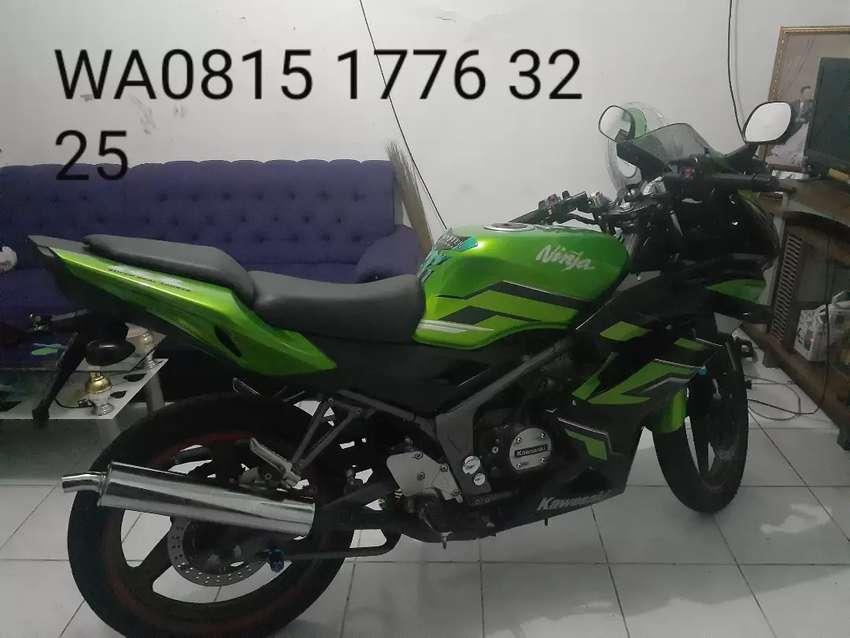 Kawasaki Ninja 150 RR SE 2015 0