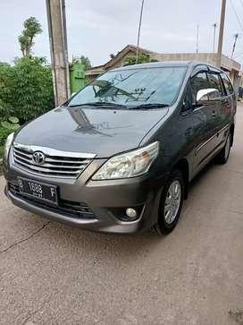 Bismillah dijual Toyota kijang Innova grand G matik 2011