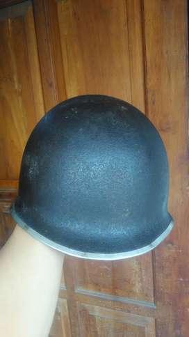 Vintage WW 2 Allied Forces Helmet