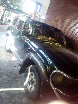 turbo, land cruiser, green color, 7 seater