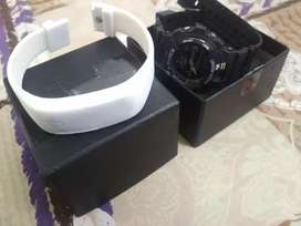 Black s shock watch with white fitband FREE