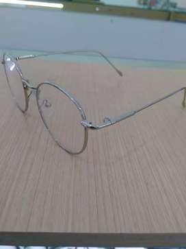Frame Kacamata Bulat Warna Silver Cocok Buat Pria Dan Wanita