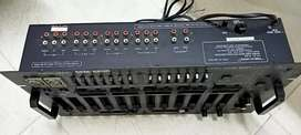 Sell my dj mixer model -realistic ssm-2200