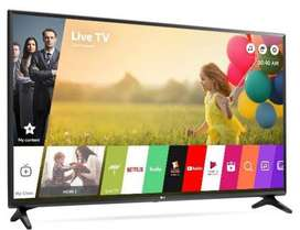 Samsung Panel Smart Android LED @ 7199/-