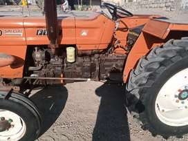 Lush condition fiat 480   1999 model just Tractor.