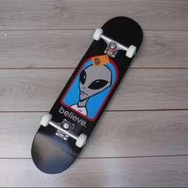 Skateboard fullset black logo series