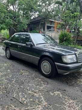 Mercedes benz w124 300e MT