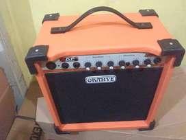 Ampli gitar ,8on new