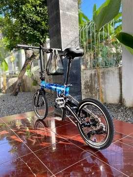 Sepeda lipat sangat ringan. Flock otd 16 blue camo 9speed