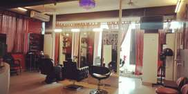 Reputed salon and spa for imm sale located in kalyanagar, at 1500000
