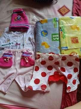 Dijual set perlengkapan bayi bedong stengah lusin DLL