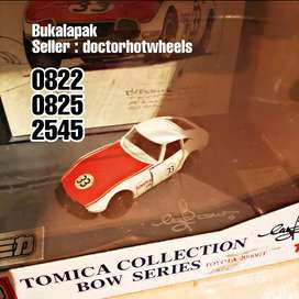 TOMICA Tomy Bow Series Toyota 2000GT dan Nissan Fairlady 240ZG