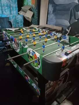 FOOSBALL TABLE IN BRAND NEW CONDITION