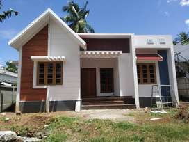 A NEW STYLISH 3BED ROOM 950SQ FT 4CENTS HOUSE IN MULAYAM,THRISSUR