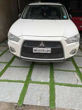 Mitsubishi Outlander 2012 Petrol Well Maintained
