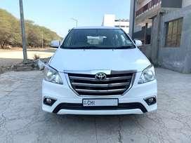 Toyota Innova 2.5 Z Diesel 7 Seater BS IV, 2014, Diesel