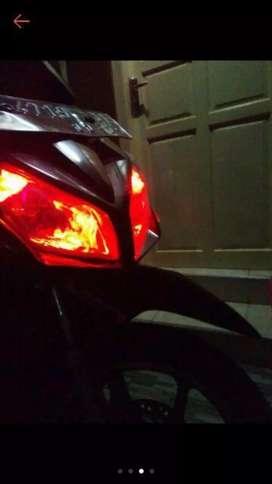 Lampu sein/lampu senja T10 RGB mobil/motor
