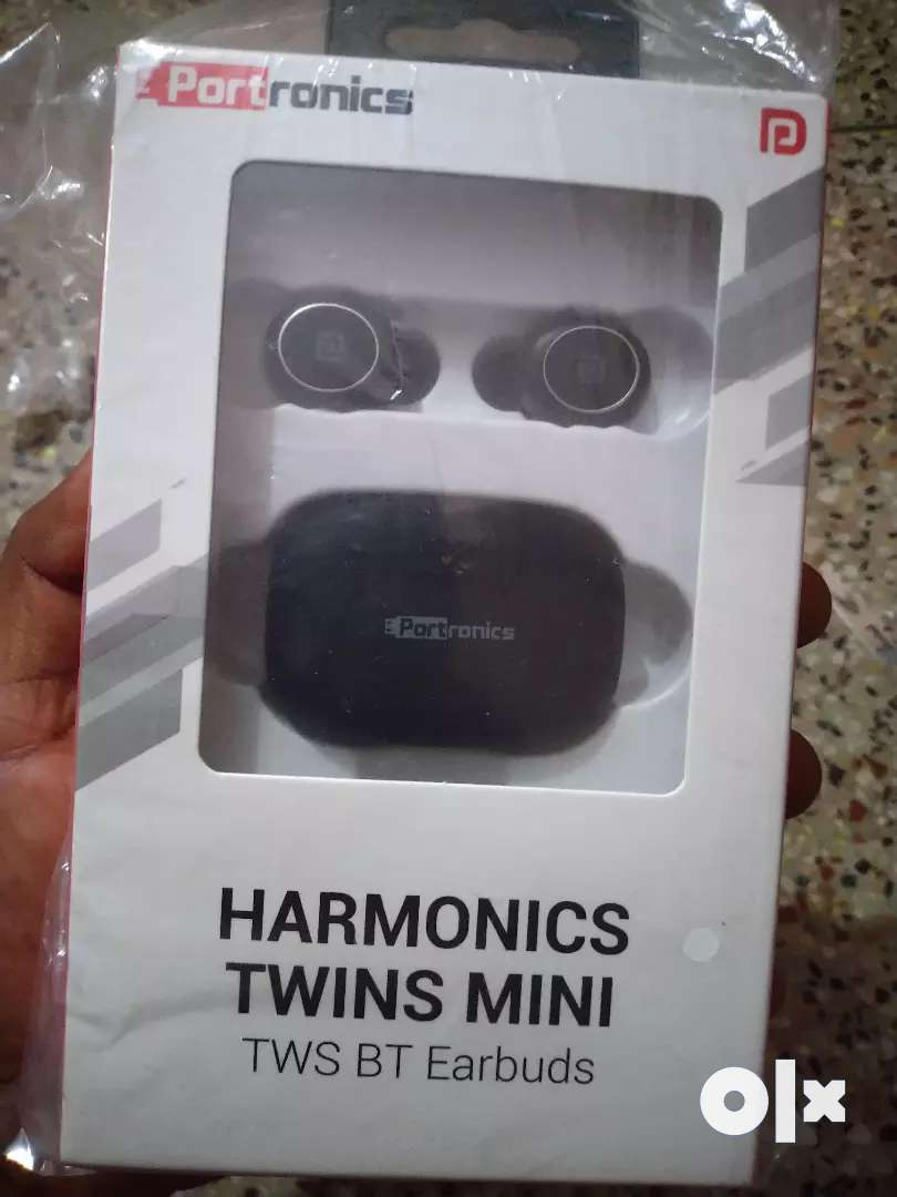 New sealed Ear Buds TRUE WIRELESS EAR BUDS(PORTRONICS )-RS-1700/-