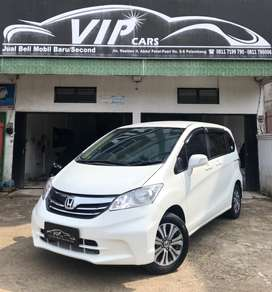 (DP 25jt)Honda Freed S 2013 Automatic,Vipcars