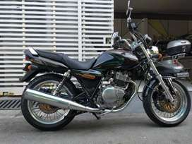 Suzuki Thunder 250 klasik dan gagah