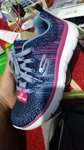Sepatu Skechers rainbow ori
