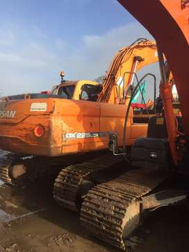 Doosan dx225lca excavator old type engine