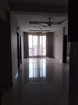 E11 2bed flat for rent