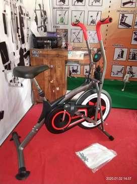Alat fitness sepeda statis platinum bike idachi id 662N bc vox264