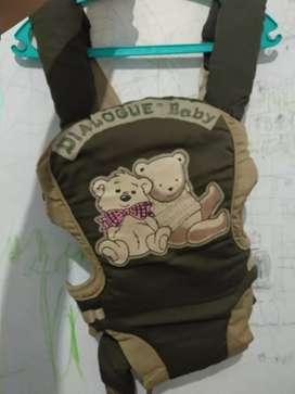 Gendongan bayi 2in1 depan belakang