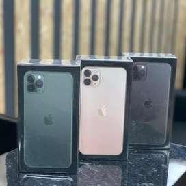 Iphone 11 pro max 256gb new 1 tahun  .