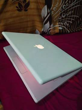 MacBook A1181 istimewa