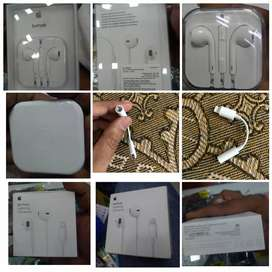 IPhone 100% original  charger and headset iPad and imac safe adopter