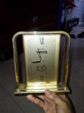 Jam meja jadul Seiko japan Special edition yamaha 100 tahun,normal