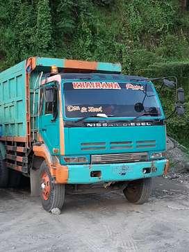Jual dum truk tronton