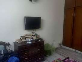 Single Room (Without Brokerage) in a 3 BHK fully furnished Flat