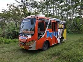 Bus Engkel Angkot Colt Diesel 100 Ps